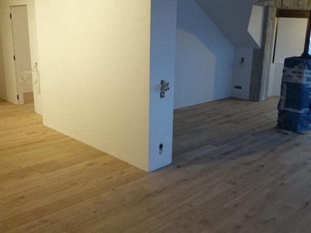Sumontuotos masyvo grindys