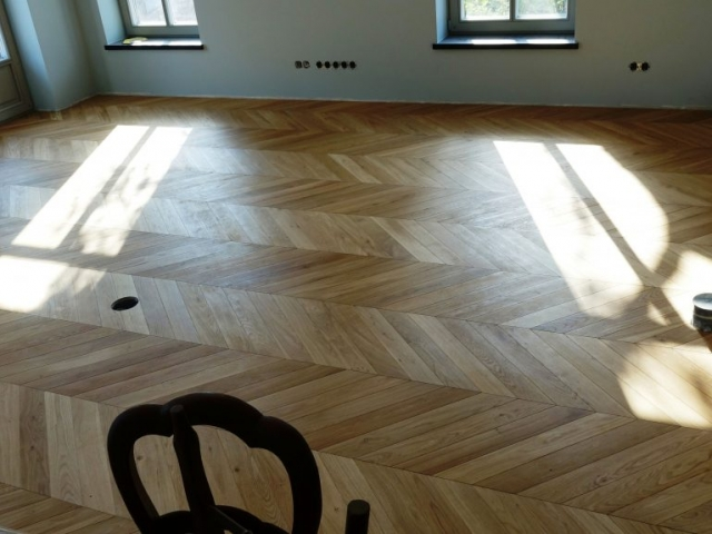 Sumontuotos Chevron grindys