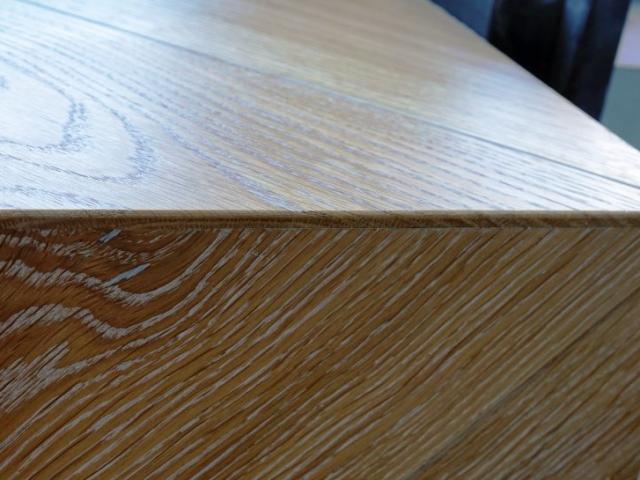 Palangės viršutinės dalies lamelės sujungimas su vertikalia dalimi