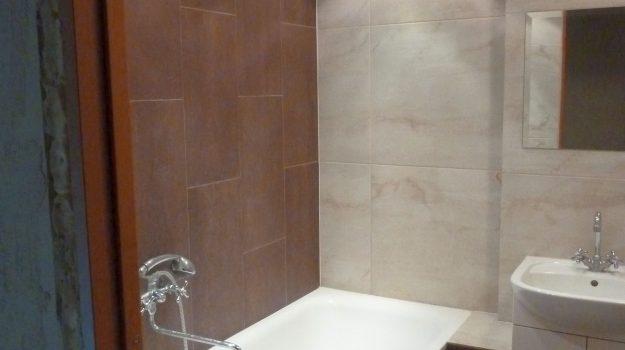 plytelių klojimas vonioje