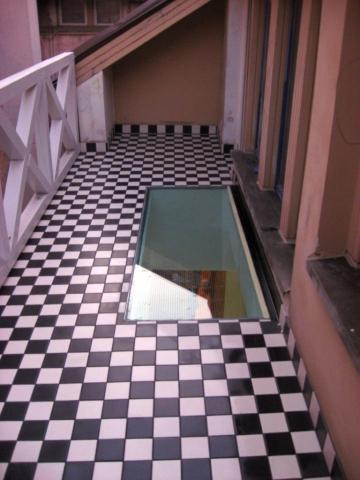 Plytelių klojimas terasa